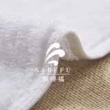 卸し売り高級ホテルの100%年綿の浴室タオル、手タオル、表面タオル、バス・マットセットの