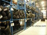 Stapelbare und zusammenklappbare Speicherung, die Gummireifen-Zahnstangen-Reifen-Gestelle stapelt