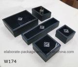 Rectángulo de regalo hecho a mano de madera azul del conjunto de la joyería del cubo