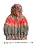 冬の帽子のアクリルのジャカード帽子の帽子のカスタムニットの帽子POMのPOMによって編まれる帽子