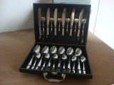Conjunto de talheres de aço inoxidável 24PCS / conjunto de talheres com pacote de caixa de madeira elegante