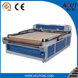 Автоматический подавать машины лазера СО2 CNC для вырезывания и тканиь гравировки, ткани