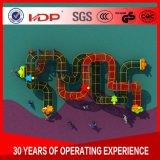 Professionnels de terrain de jeux d'âge préscolaire de grands équipements de plein air la diapositive