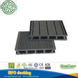 La durata della vita lunga esterna Crepa-Resiste al Decking composito di plastica di legno con differenti colori