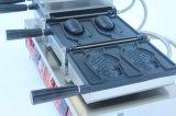 ベーキング装置のデジタルアイスクリームのTaiyakiメーカーの魚のワッフルの円錐形