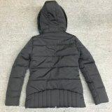 Новое развитие женщин мягкий куртка с классическим мех капота