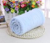 100%年の綿の赤ん坊の綿モスリンの布は毛布を包む