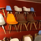 의자를 식사하는 도매가 Eames 작풍