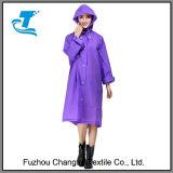 Куртка дождя Packable облегченная прозрачная ЕВА женщин с клобуком