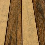 WPC DIYのタイル、木製のプラスチック合成のフロアーリング、WPCの外壁のパネル