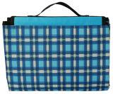青く美しい軽量の携帯用ベッドのキャンプのピクニックマット