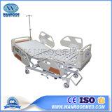 Letto di ospedale unico di cura ICU di prezzi poco costosi Bae502 con la pista del vassoio