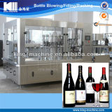 Machine rouge d'embouteillage du vin de Monoblock