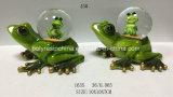 Grüner Frosch-Statue mit Schnee-Kugel-Fertigkeiten