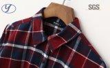 100%年のコットンフランネルのワイシャツ