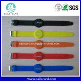 Braccialetto passivo del Wristband del silicone RFID di HF o di Lf