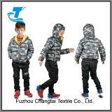 O inverno morno da pena dos meninos Outwear com capa