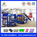 In pieno blocchetto automatico del cemento idraulico Qt5-15 che fa macchina