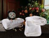 ホテルのホーム供給の白い綿の浴室タオル