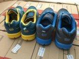 مخزونات جديد لأنّ نساء ورجال رياضة أحذية, رجال أحذية, نساء ورجال [كسول شو], حذاء. نمط أسلوب لأنّ رجال أحذية. [11000بيرس]