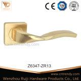 Tournez la poignée d'or levier Type en alliage de zinc (Z6347 Poignée de porte-ZR13)