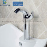 Économies d'eau du bassin à levier unique de la série de robinet