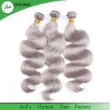 Aucun embrouillement aucuns cheveux humains gris de rejet de la qualité 100% de couleur d'onde de corps