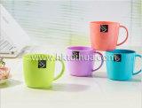 Tazza di plastica promozionale della maniglia di buona qualità con Thp-022