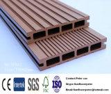 Напольный Decking WPC деревянный пластичный составной для напольного