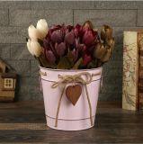 Flor de hierro creativa con una cuerda de la cuchara y el corazón de la decoración de flores colgantes metálicos jarrón