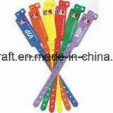 O Wristband feito sob encomenda o mais novo do silicone de matéria têxtil RFID do logotipo