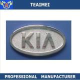 Emblemi neri e d'argento di marchio dell'automobile di marca di KIA del cappuccio della parte anteriore