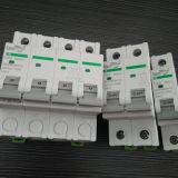 interruttore non polarizzato miniatura di CC dell'interruttore di CC 4p con i certificati di TUV da 1A a 63A