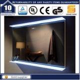 Montado na parede titulados Hotel Banheiro espelho iluminado com retroiluminação LED