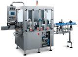 El PLC controla la máquina de etiquetado adhesiva para la cadena de producción