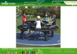 Дети играют в Kaiqi устанавливает скамеек таблицы для парк развлечений, детский сад, школа