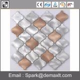 良質の正方形の金属の組合せのクリスタルグラスのモザイク・タイル
