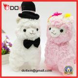 結婚祝いのプラシ天のおもちゃの結婚式ランプのカップルによって詰められるおもちゃ