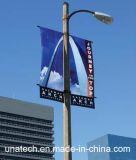 Coluna da lâmpada de rua que anuncia o dispositivo elétrico da bandeira da promoção
