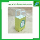 ロゴの印刷を用いる習慣によって印刷されるクラフト紙のショッピング・バッグ