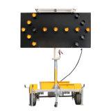 Levage hydraulique 15 lampes LED clignotant Solar Arrow Board Trailer