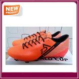 Chaussures extérieures du football d'hommes neufs de type