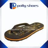 Il flip-flop delle donne calza i pistoni dei sandali del panno della cinghia