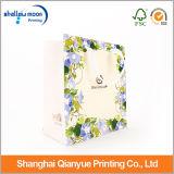 Bolsas de papel hermosas con la manija y los bolsos impresos de la insignia