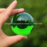 De donkergroene Gevormde Transparante Bal van het Glas van het Kristal