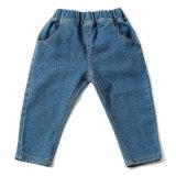 Cintura média todos os jeans Denim cabrito de bebé azul