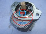La fabricación OEM~Komatsu original trabajo 705-12-43030 de la bomba de engranajes para bulldozer D455A-1 partes de la máquina