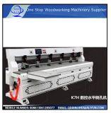 レーザーの鋭い機械木工業CNCの側面のパンチャーを打つ側面の穴の木製の家具