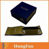 Коробка бумажной коробки легкого Stock бумажного подарка складная складная/складная упаковывая коробка для косметической упаковывая коробки. Коробка дух упаковывая. Коробка одежды упаковывая