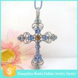 De recentste Halsband van de Charme van het Hart van het Slot van de Douane Goud Geplateerde voor Vrouwen